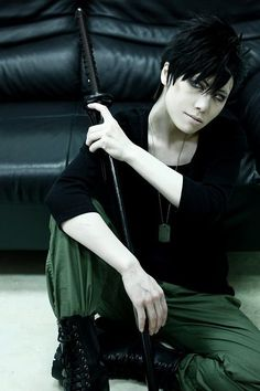 Nicolas GANGSTA. cosplay katana, dog tags, black shirt, cargo pants, high top converse, [black fingerless gloves], black wig