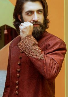Brown jamawar straight cut. Amir Adnan