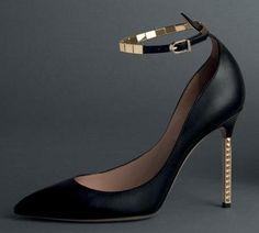 Valentino #heels #stilettos #shoes