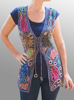 Alien LV 2 by laigeez, via Flickr Crochet, Knit, and embroidery.  I can't make this, but I would wear it.