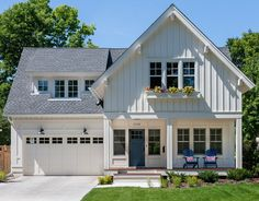 Not a fan of visible garages on facades, but the rest of the house is pretty!
