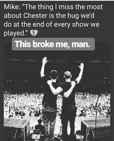 Beautiful Legend Chester Bennington ❤🤘 Your voice will always be home💙🎤🤘 Chester Bennington Quotes, Charles Bennington, Chester Rip, Linkin Park Chester, Kinds Of Music, Music Love, My Music, Mike Shinoda, No One Loves Me