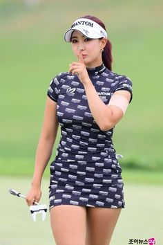 Girls Golf, Ladies Golf, Sexy Golf, Female Athletes, Female Golfers, Military Girl, Tennis Clothes, Sporty Girls, Golf Outfit