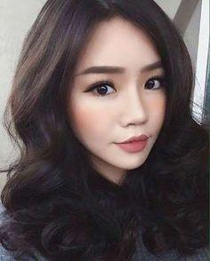 Ideas for wedding makeup asian vintage - Prom Makeup Looks Wedding Makeup Tips, Natural Wedding Makeup, Prom Makeup, Bridal Makeup, Natural Makeup, Hair Makeup, Eye Makeup, Hair Wedding, Korean Wedding Makeup