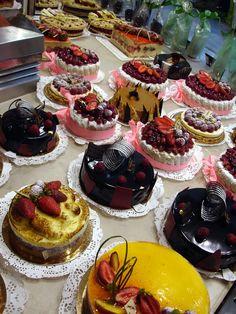 Fancy cakes, Paris