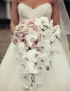 Robe de mariée fleurs accessoires