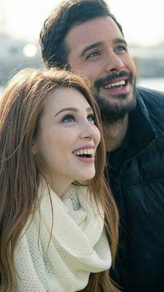Elcin Sangu and Baris Arduc Turkish Men, Turkish Beauty, Turkish Fashion, Turkish Actors, Movies And Series, Best Series, Tv Series, Prince Charmant, Couple Photoshoot Poses