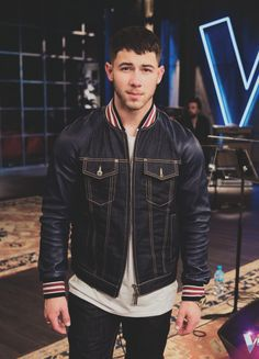 """""""thevoiceau: managed to catch a lil' time in Mentoring this week! Nick Jonas Concert, Best Party Songs, Jonas Brothers, Priyanka Chopra, Famous Faces, Celebrity Crush, Bomber Jacket, Armie Hammer, Leather Jacket"""