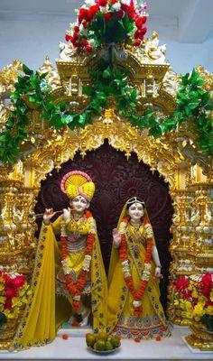 krish with Radhe. Radha Krishna Images, Lord Krishna Images, Krishna Radha, Phone Wallpaper Images, I Wallpaper, Shree Krishna Wallpapers, Lord Jagannath, Asia Map, Indian Gods