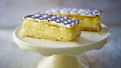 Yet another British dessert I've found out about recently, vanilla slice!