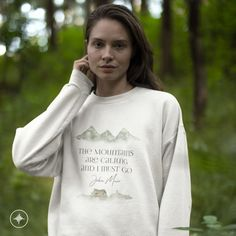 A sturdy and warm sweatshirt bound to keep you warm in the colder months. A pre-shrunk, classic fit sweater that's made with air-jet spun yarn for a soft feel. Romantic Movies, Working Woman, Jet, Athletic, Mood, Warm, Sweater, Trending Outfits, Sweatshirts