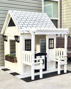 5807 B Waiting for the warmer weather to stay to build a platform & do landscape around it for its permanent spot in the yard! Backyard Playhouse, Build A Playhouse, Backyard Playground, Playground Ideas, Playhouse Interior, Big Backyard, Backyard Ideas, Cubby Houses, Play Houses