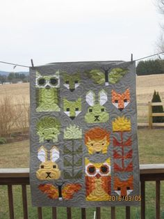 It's about time I post again to keep track of my work. I finished my Allietare quilts. The coral one is now being used on my bed. Cute Quilts, Small Quilts, Elizabeth Hartman Quilts, Aplique Quilts, Fox Quilt, Baby Quilt Patterns, Baby Boy Quilts, Sampler Quilts, Animal Quilts