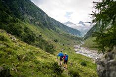 Erleben Sie die Natur bei abwechslungsreichen Wanderungen. Berg, Mountains, Nature, Travel, Summer Vacations, Hiking, Viajes, Naturaleza, Destinations