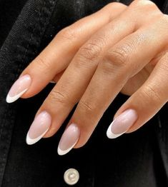 Simple Acrylic Nails, Almond Acrylic Nails, Best Acrylic Nails, Acrylic French Manicure, Almond Nail Art, French Nail Art, Almond Nails, Classy Nails, Stylish Nails