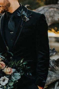 wedding suits men 20 Stylish Ways to Dress Up Your Groom - Mens wedding attire - Wedding Men, Dream Wedding, Black Tux Wedding, Groom Tuxedo Wedding, Wedding Poses, Wedding Tuxedos, Wedding Groom Attire, Fall Groomsmen Attire, Rocker Wedding
