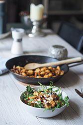 glutenfreie Gnocchi mit Eierschwammerl Lucky Food, Berries, Pasta, Vegetables, Cooking, Healthy, Ethnic Recipes, Yum Yum, Html