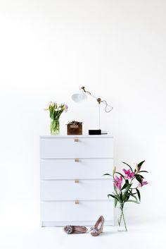 DIY Ledergriffe für eine individuelle MALM Kommode von IKEA. IKEA Hacks.