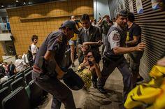Escracho Eduardo Cunha ALESP | São Paulo 27/03/2015 | Flickr - Photo Sharing!