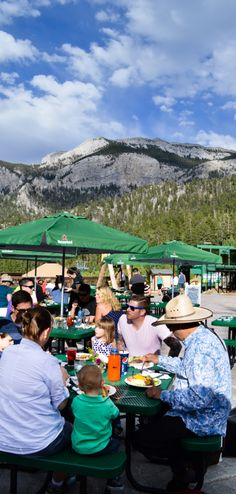 Outdoor Restaurant at Las Vegas Ski and Snowboard Resort where it's 30 degrees cooler in the mountain! Summer / Family Fun / Outdoor Venue / Outdoor seating / Fresh mountain air / Mt Charleston / Groups/ Company picnic