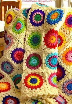 Wonderful Crochet Throw - granny square