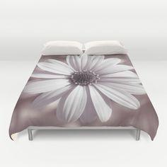 #white #flower #duvet