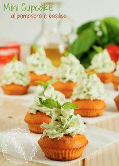 Mini Cupcakes al Pomodoro e Basilico - Solo un velo di farina...
