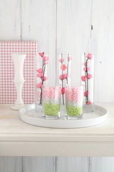 Ikebana Flower Arrangement, Flower Arrangements, Hina Matsuri, Japanese Party, Pink Foods, Japan Design, Spring Party, New Years Decorations, Green Flowers