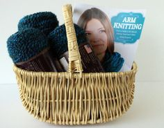 Enter to win a copy of Mary Beth Temple's Arm Knitting plus three skeins of Lion Brand Homepsun Yarn through AllFreeKnitting!  This kit will provide you with everything you need to become an arm knitting pro.