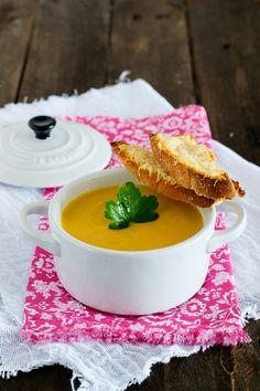 #receta de #crema de #calabaza #queso y #curry de www.claudiabriandi.com #recipe #minicocotte #soup