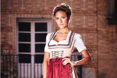 Dirndl und Dirndlkleider - Krüger Mode Manufaktur
