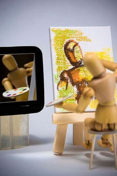 Woody, the self-artist