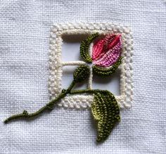Un #atelier per realizzare un bocciolo di rosa con tecnica #ricamo #Reticello, assieme a filofilo.it. Per partecipare è necessario contattare direttamente l'associazione http://www.filofilo.it/ita/ http://www.italiainvita.it/atelier_new/