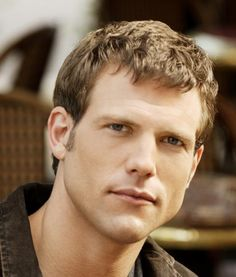 Travis Stork from The Doctors. Hey, he looks good for his age. :p