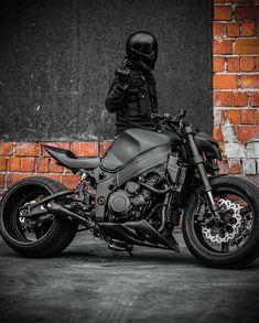 Photo by Motorcycles Around The World on August La imagen puede contener: moto Hayabusa Streetfighter, Suzuki Hayabusa, Yamaha Cafe Racer, Moto Bike, Motorcycle Bike, Biker Photoshoot, Z 1000, Bike Pic, Futuristic Motorcycle