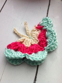 cute crochet butterfly someone PLEASE make this for use a bunch of them