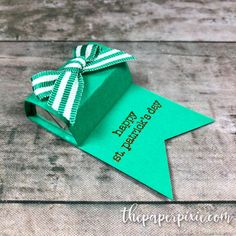 Quick & Easy Hershey's Nugget Treat Holder