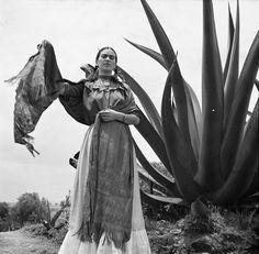 The Fashion Codes of Frida Kahlo (anOthermag.com);  Frida Kahlo with Rebozo, Toni Frissell, 1937