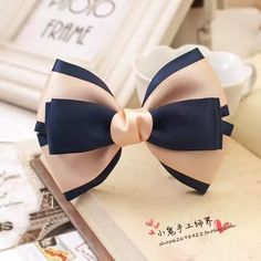 This Pin was discovered by Chi Making Hair Bows, Diy Hair Bows, Diy Bow, Diy Ribbon, Ribbon Hair, Bow Hair Clips, Ribbon Crafts, Ribbon Bows, Ribbons