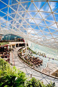 Architecture; Zlote Tarasy shopping mall, Warsaw Poland; centrum handlowe Złote Tarasy #zlotetarasy