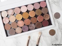 Swatches & review of Makeup Geek Eyeshadow collection on emilyloula UK blog. Shimma Shimma, Frappe, Latte, Grandstand, Roulette, Cocoa Bear, Cupcake, Brownie Points,