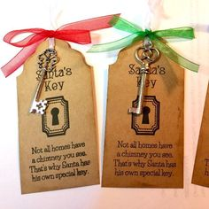 Santa's Magic Key Tag diychristmascraftstosell Diy Christmas Crafts To Sell, Inexpensive Christmas Gifts, Christmas Craft Fair, Christmas Eve Box, Homemade Christmas Gifts, Christmas Signs, Christmas Projects, Christmas Holidays, Christmas Decorations
