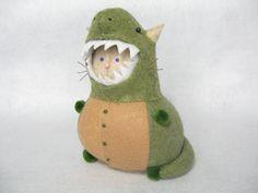 Handmade T-rex cat, Cute felt pincushion, Dino cat, Funny cat gift, For dinosaur lovers, Stuffed dino, Cat in costume, T-rex decor, Cat art doll
