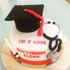 Medicine graduate cake fondant - congrats doctor
