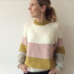 HOLLIE SWEATER Strikkeopskrift pdf DK danish | Etsy Winter Sweaters, Sweater Weather, Sweaters For Women, Knitting Designs, Knitting Patterns Free, Knitting Daily, Romper Suit, Knitwear Fashion, Handmade Clothes
