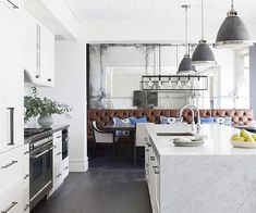 Planning a kitchen update? Read our step-by-step guide to beginning your renovation process from deciding upon your kitchen needs to design and finishes. Diy Kitchen Projects, Kitchen Upgrades, Energy Star Appliances, Small Appliances, Updated Kitchen, New Kitchen, Kitchen Layout, Kitchen Design, Home Reno