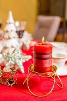 Aroma parfumată a unui lumânări te va învălui într-o mireasmă magică de sărbătoare. Vino la Nobila Casa și descoperă toate colecțiile de lumânări! Candles, Table Decorations, Furniture, Home Decor, Magick, Fragrance, Decoration Home, Room Decor, Candy