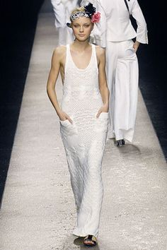 Sonia Rykiel Spring 2007 Ready-to-Wear Collection Photos - Vogue