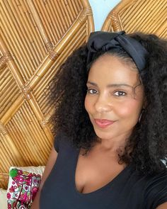 "Sanaa Lathan on Instagram: ""Selfie break. #zoomin 💋"" Sanaa Lathan, Great Smiles, Famous Celebrities, Girl Next Door, Beautiful Black Women, Hollywood, Actresses, Selfie, Beauty"