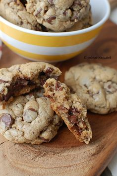 One of the best chocolate chip cookies we have ever made.  Our new family favorite cookie recipe | theidearoom.net